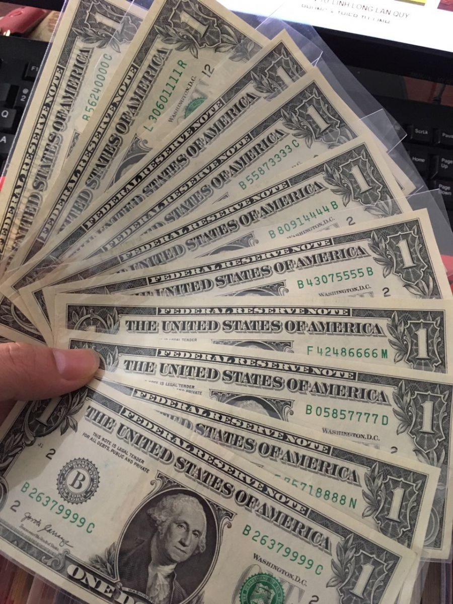 Bộ 10 tờ 1 USD Seri Tứ Quý 0000-9999
