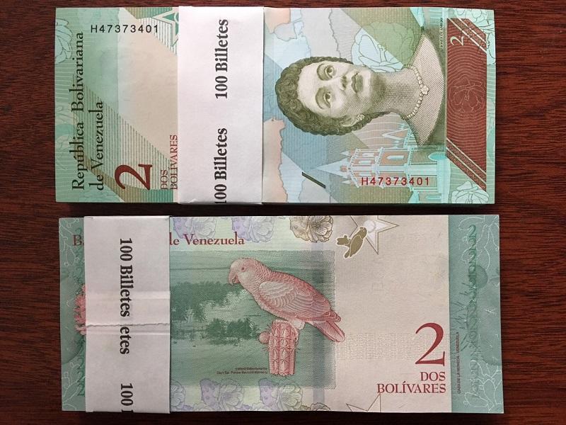 2 Venezuela mẫu mới - 100 tờ